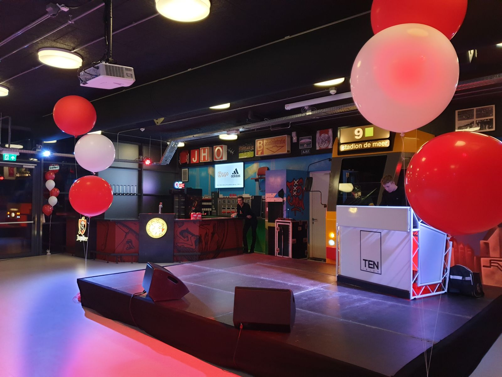 muziek bingo in de arena Amsterdam