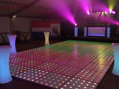 Drive in show huren met disco vloer