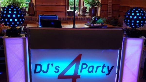 DJ show met licht en geluid