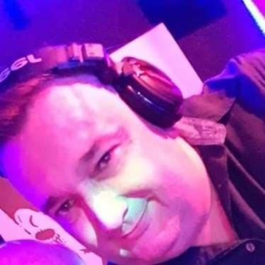 DJ Adri verzorgt een top feest